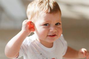 Tratamientos para reducir la sordera en niños